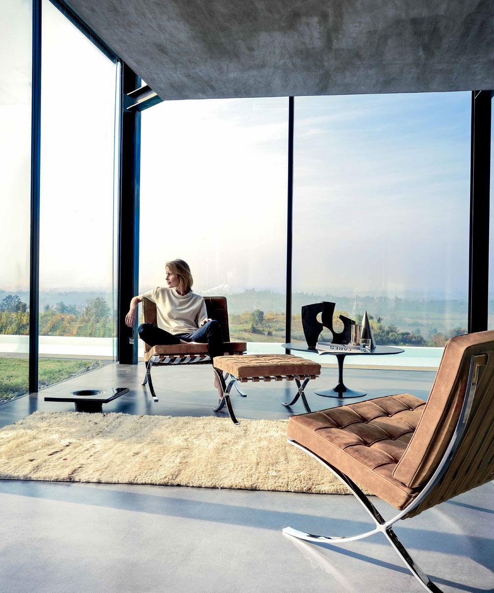 knoll barcelona chair new comfort door ludwig mies van der rohe design oostende. Black Bedroom Furniture Sets. Home Design Ideas