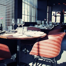 hay-hee-welling-hay-studio-about-a-chair-aac23-sierra-1103-brandy-oak-black-001shop