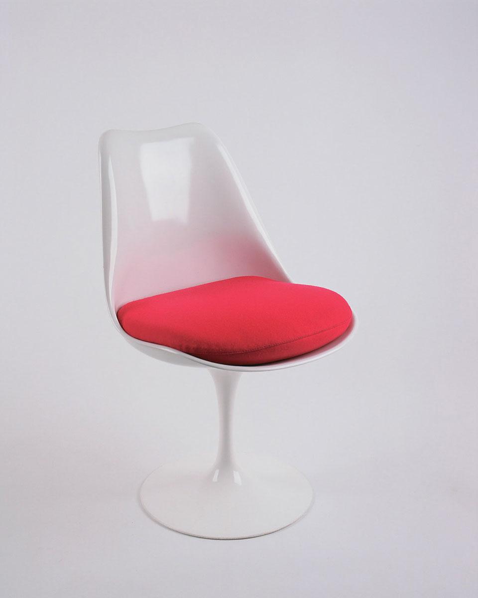 Knoll tulip armless chair door eero saarinen design oostende - Designer de chaise celebre ...