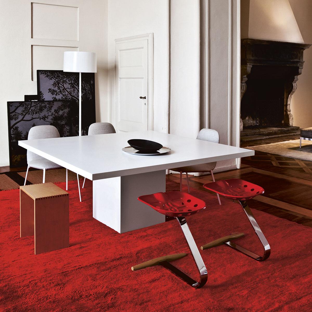 Home design oostende zanotta 220 mezzadro door achille for Jansseune interieur