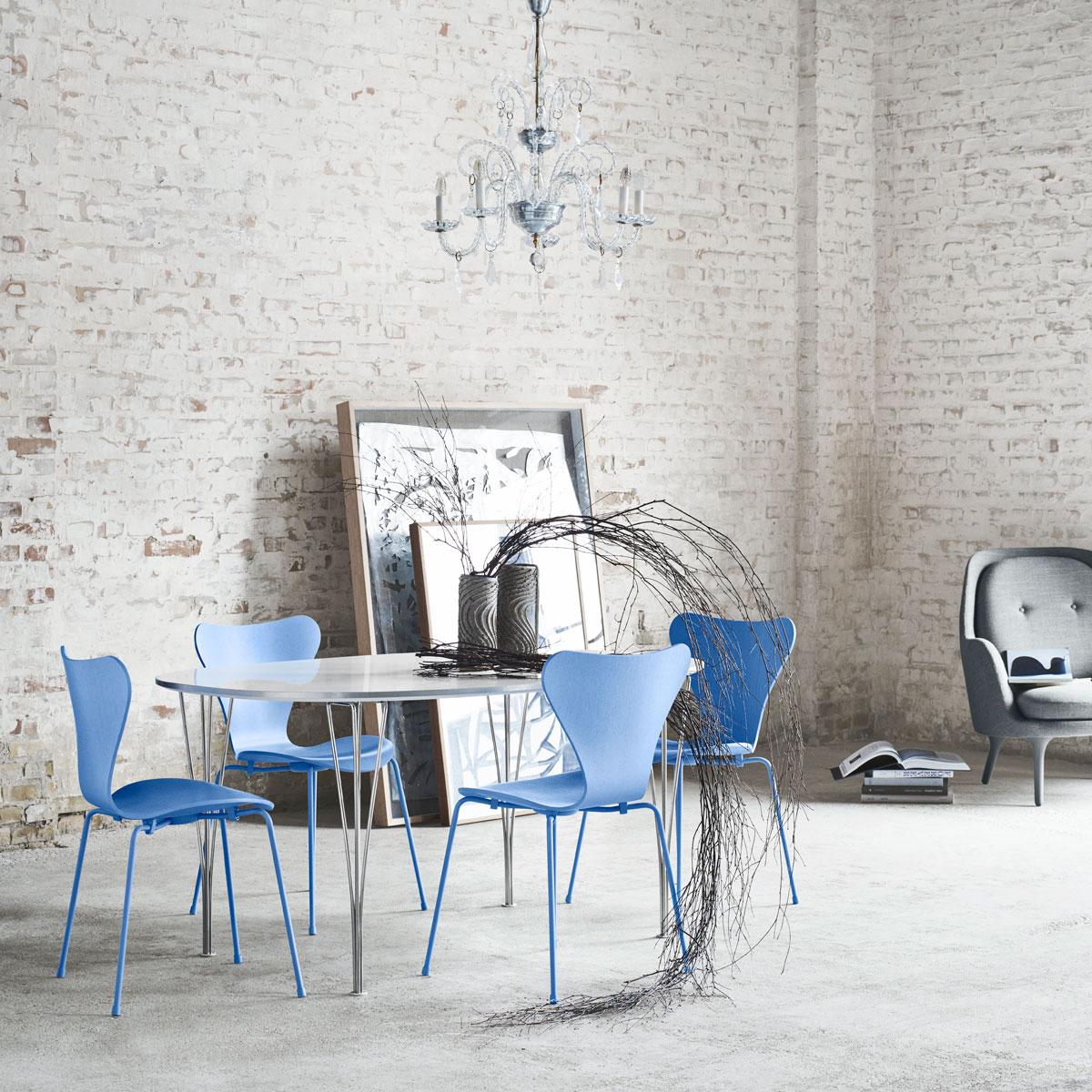 hansen series 7 3107 butterfly chair monochrome door arne jacobsen. Black Bedroom Furniture Sets. Home Design Ideas