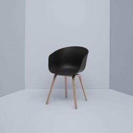 hay-hee-welling-hay-studio-about-a-chair-aac22-zwart-eiken-natuur-001shop